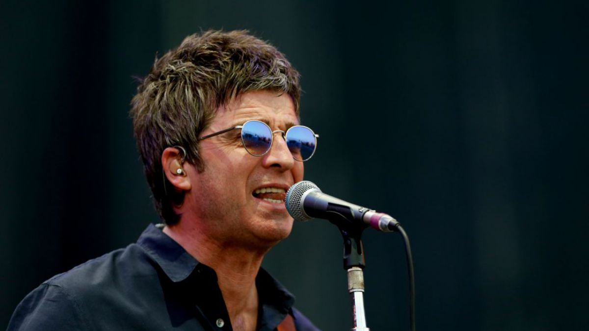 """Noel Gallagher says no one besides him """"represents rock'n'roll ..."""