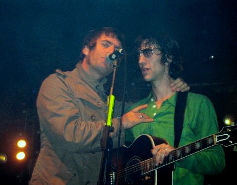 Oasis - Live At Leeds
