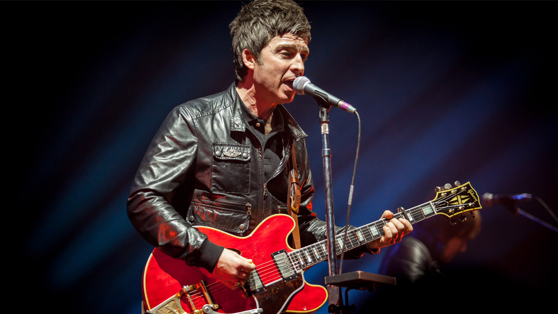 noel gallagher zenith paris 2018 Noel Gallagher was not at One Love Manchester charity show due to  noel gallagher zenith paris 2018